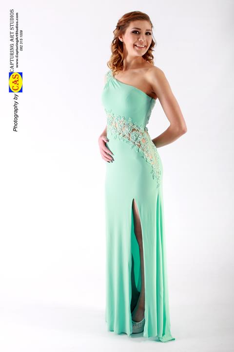 ff16811-form-fitted-dresses-front