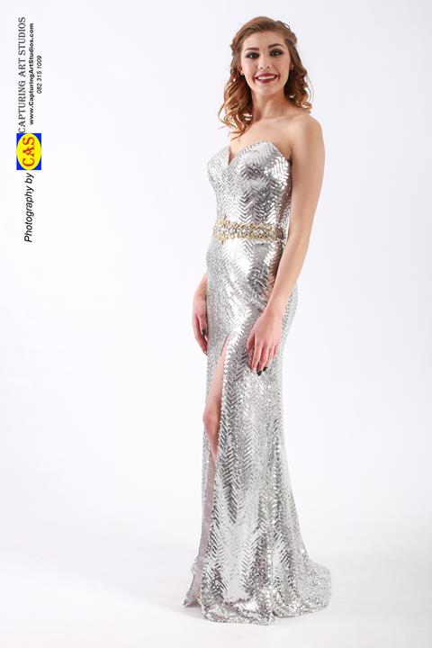 ff4660-formfitted-mermaid-dresses