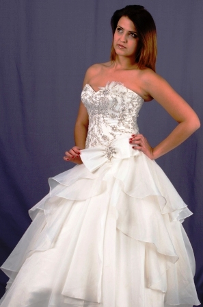wd111ydwo992757-wedding-dressesgownstrourokke-