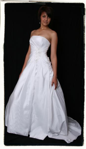 wds7-y61469c-wedding-dressesgownstrourokke