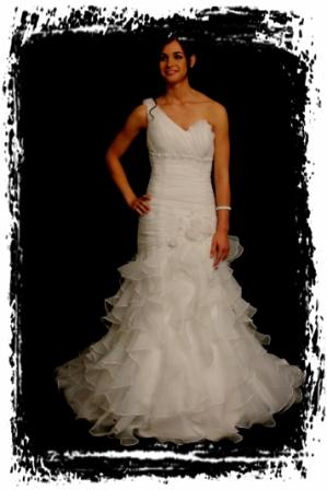 wds10d80wd0414-wedding-dressesgownstrourokke-