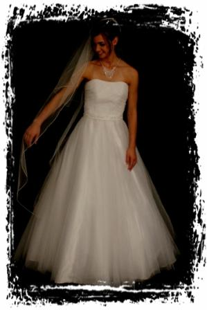 wd77d20w00360-wedding-dressesgownstrourokke-
